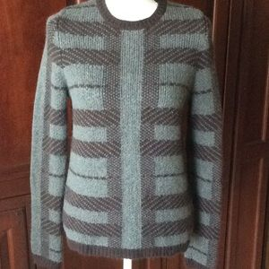 Ann Taylor sweater size M